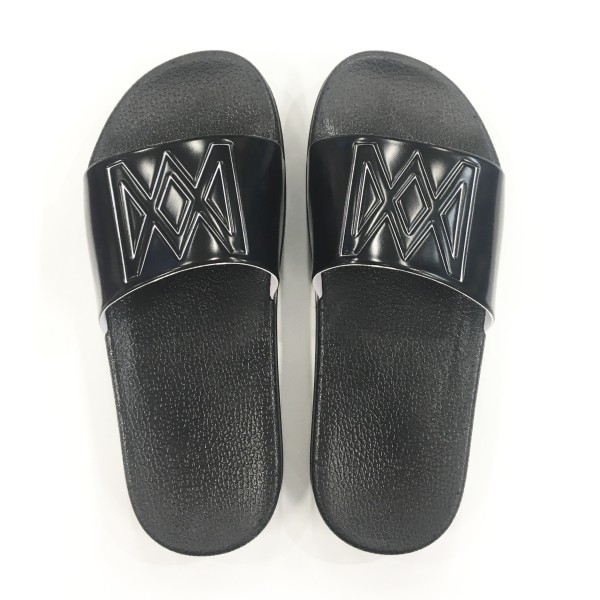 Anne-Marie Black Sliders
